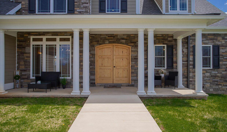 New Custom Home in Fishersville_06
