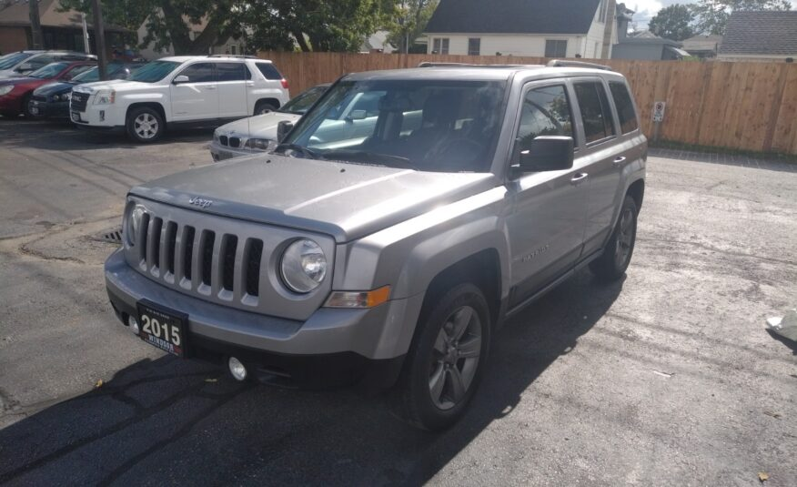 2015 Jeep Patriot High Altitude 4WD – Sunroof, Leather Heated Seats, Bluetooth