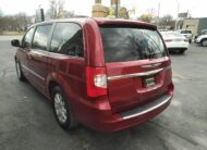 2014 Chrysler Town & Country – Navigation, Back-up Camera, Power Doors and Tailgate, , USB/Aux, Stow'n'Go