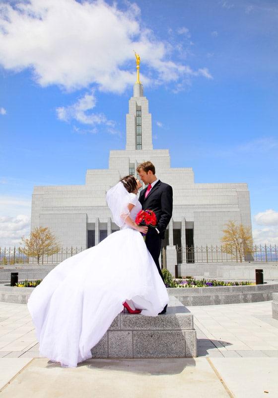 fun utah photography, draper utah temple, park city wedding photographer, utah wedding photographer, photographer layton utah, photographer kaysville utah