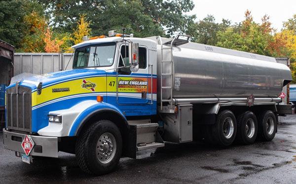 NEw-England-Racing-Fuel-Tanker-Truck