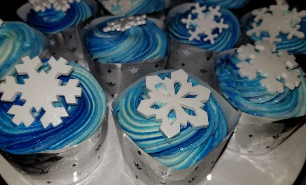Cupcakes from the Frozen Ever After Dessert Party