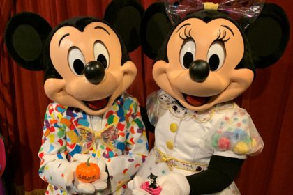 Mickey and Minnie Mouse at the Town Square Theater in Magic Kingdom