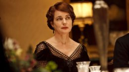 Elizabeth McGovern in Time and the Conways