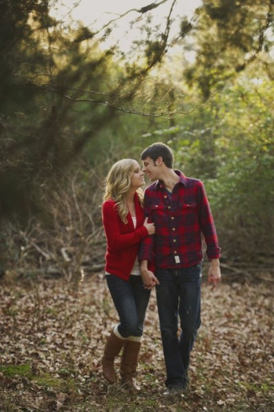 Fall Engagement Photo Ideas - Stroll in the Leaves