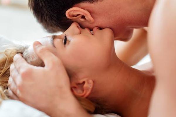 วิธีการเล้าโลมอย่างไรให้ถึงใจฝ่ายชาย นิยามความรัก ทริคความรัก SEX