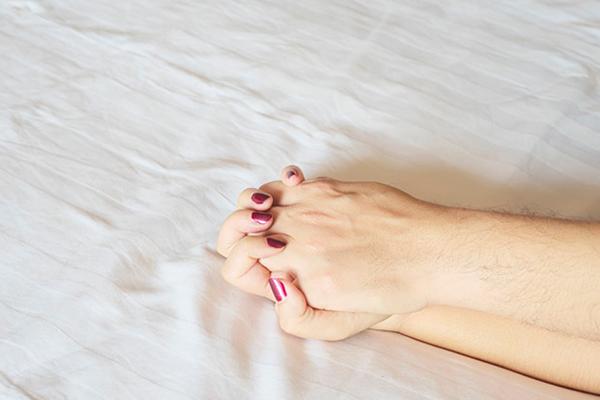 อยากเสียวกับแฟน แต่ไม่กล้าสอดใส่ ทำอย่างไรดี? นิยามความรัก ทริคความรัก SEX