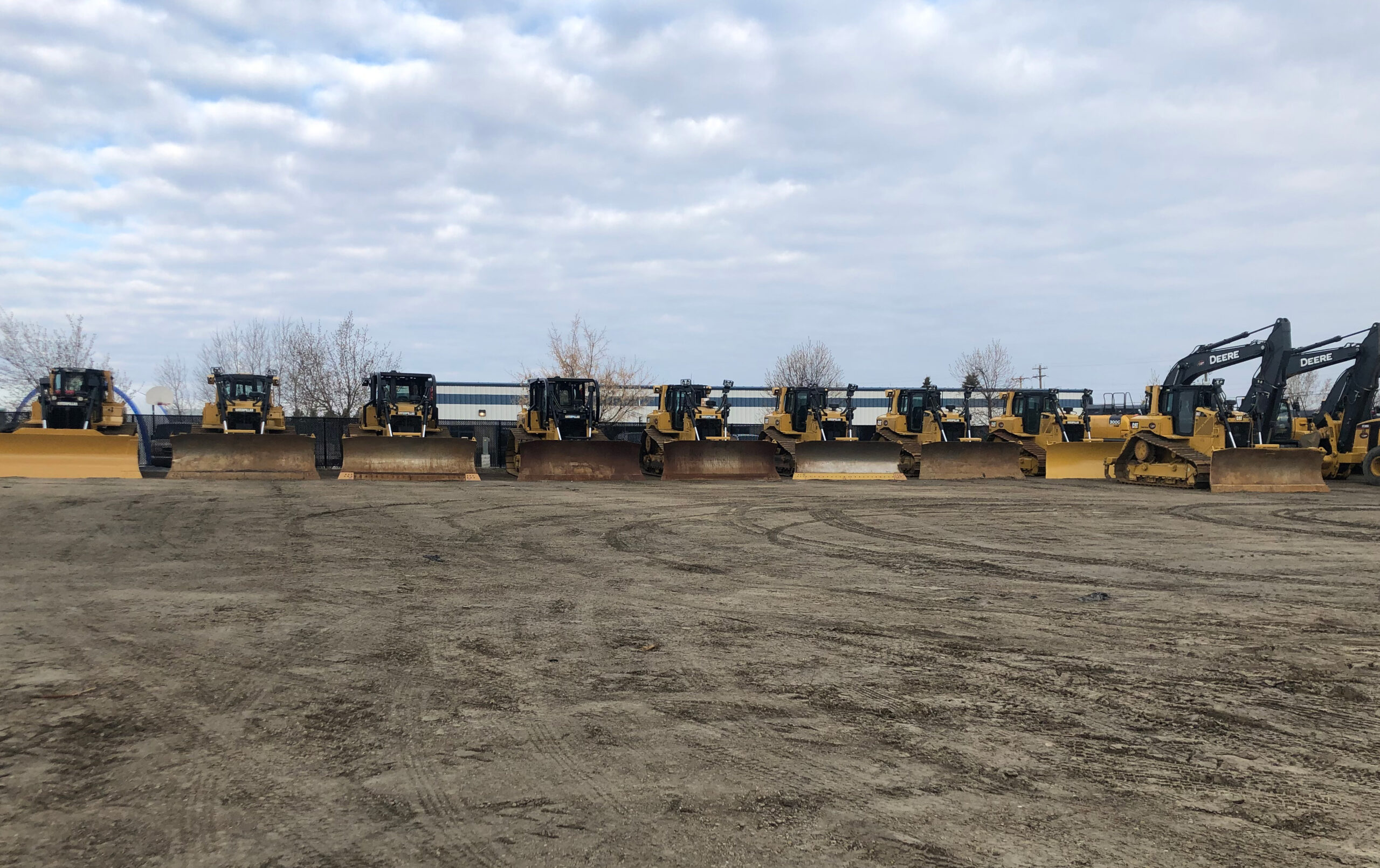 line-up-of-rental-equipment-for-Yellow-Iron-Worx