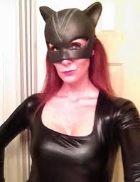 There's really no significance to why we chose the catwoman photo of Shannon Richardson here.  It just seemed appropriate.
