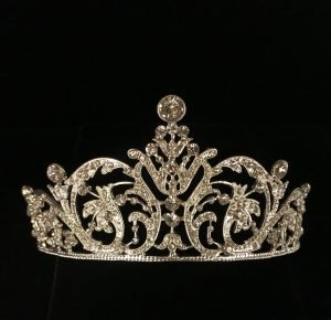 Amazing Crown for ladies