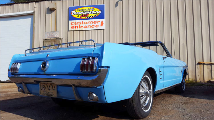 Classic_Car_Drive_Shaft_Repair_Holly_745px