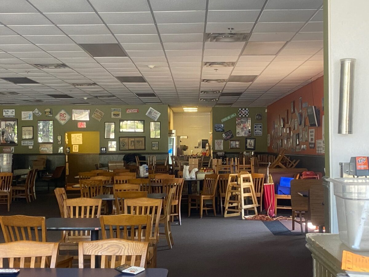 Anne and Bill's closes after 46 years in Forest Park due to COVID-19 cutting into business.