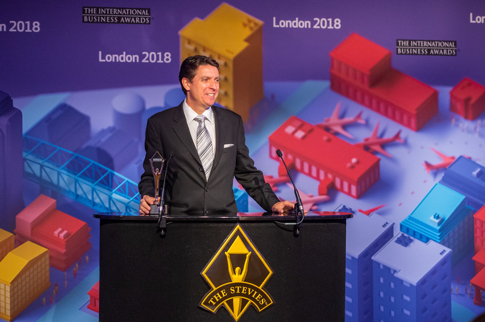 Carl-Gould-IBA-Gold-Stevie-Award-2018-London