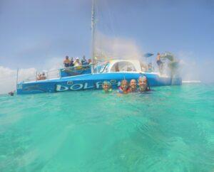 Snorkel boat in Aruba