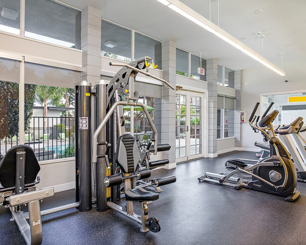 Fitness center with fitness equipments