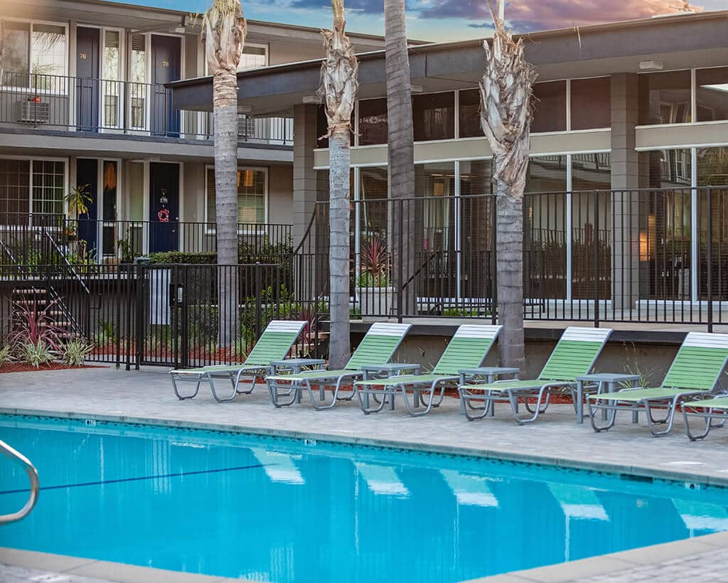 Summerwood Apartments Poolside