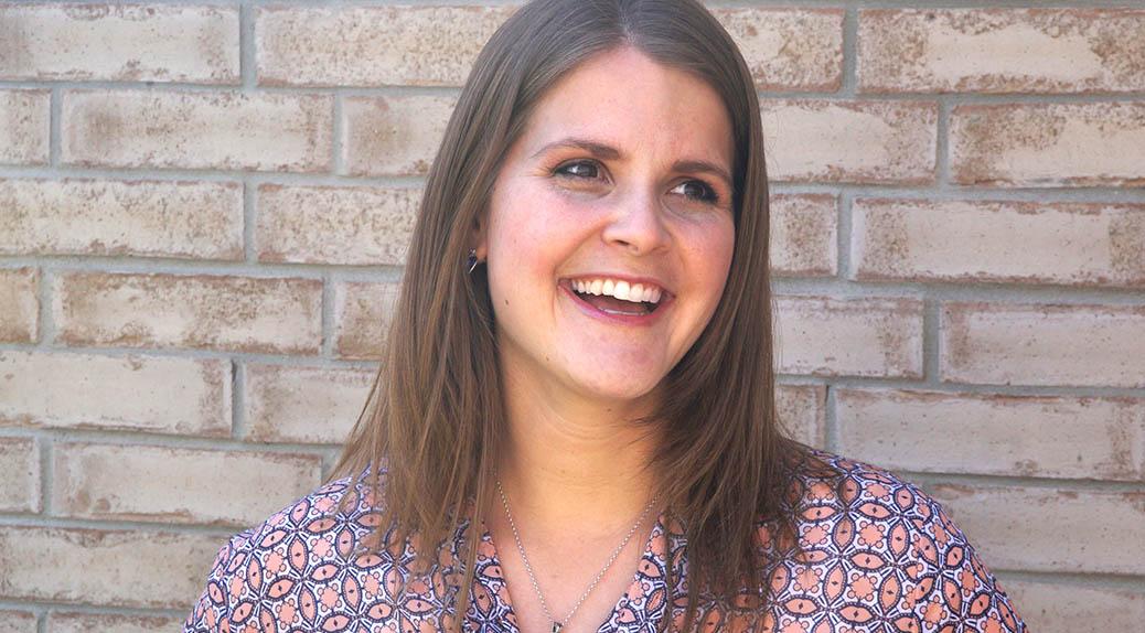 Lorie Camacho LinkedIn Expert