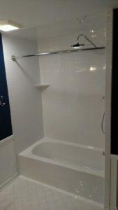 New bathtub and wall surround