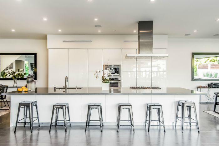 A bright white modern kitchen.