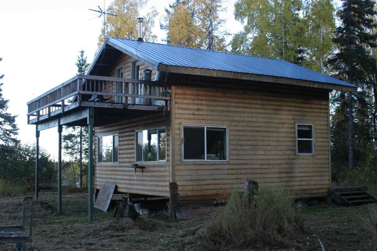The lodge (angle 1)