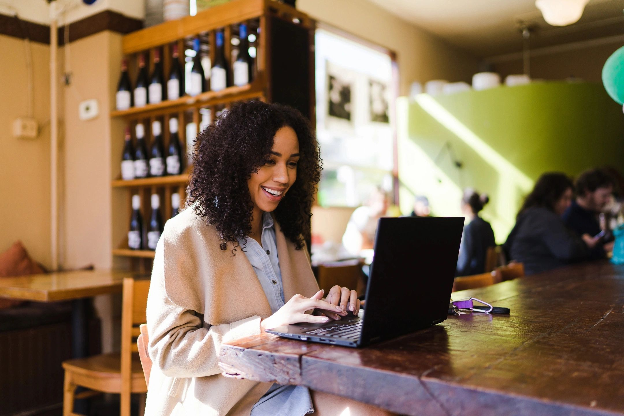Why A Side Hustle Should Run Itself