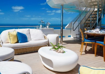 Stern Deck Dining and Lounge