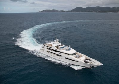 Trending Yacht Ariel