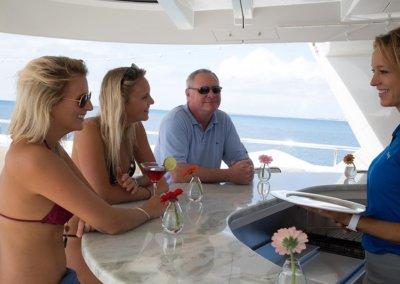 Trending Yacht Full Top Side Bar