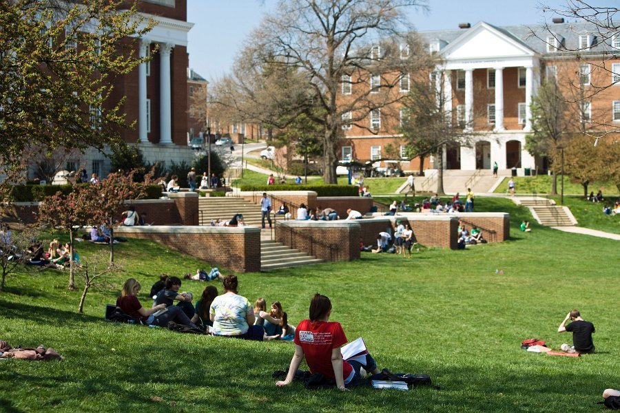Students_Mall_04102008_29