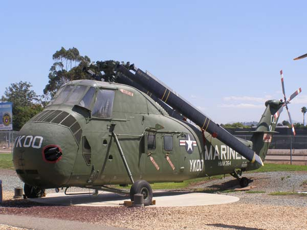 Sikorsky UH-34D HUS Seahorse Helicopter Flying Leatherneck Aviation Museum