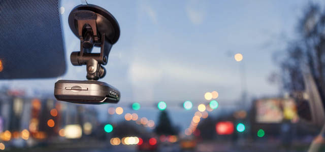 5 Must-Have Automotive Accessories to Gift this Holiday Season