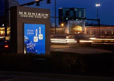Mednikow Jewelers at Lenox Square Retail Monument Sign