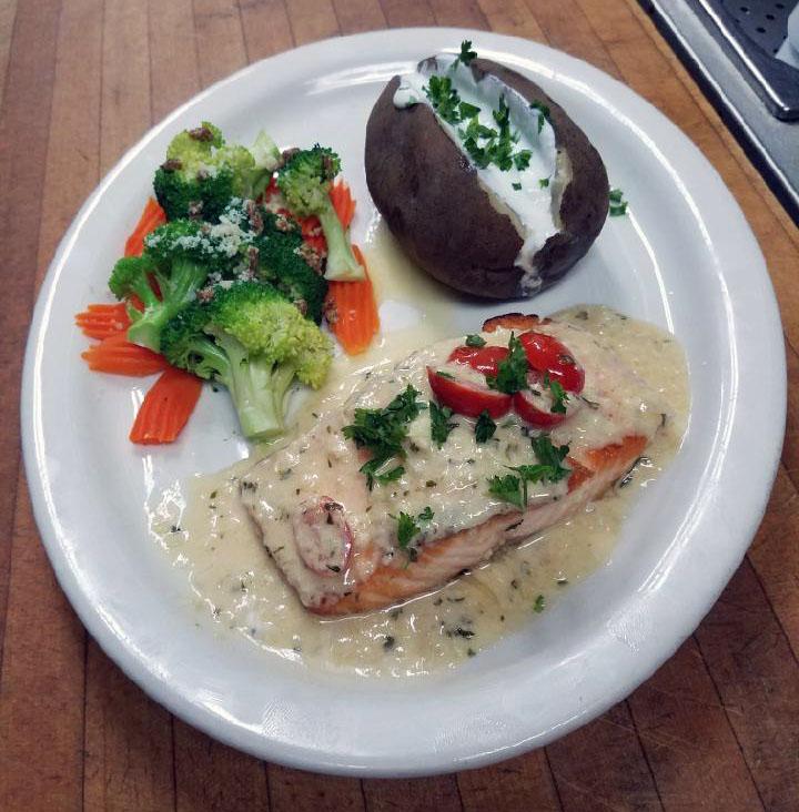 salmon with garlic sauce