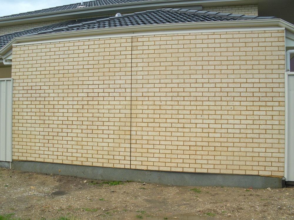 Graffiti-light-brick-wall-after