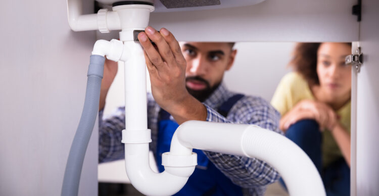 How Do You Know When It's Time to Call a Plumber?