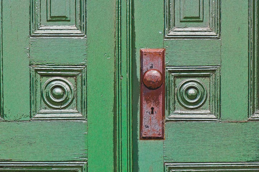 """""""A Door"""""""