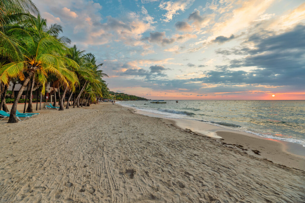 Beach life in West Bay Roatan
