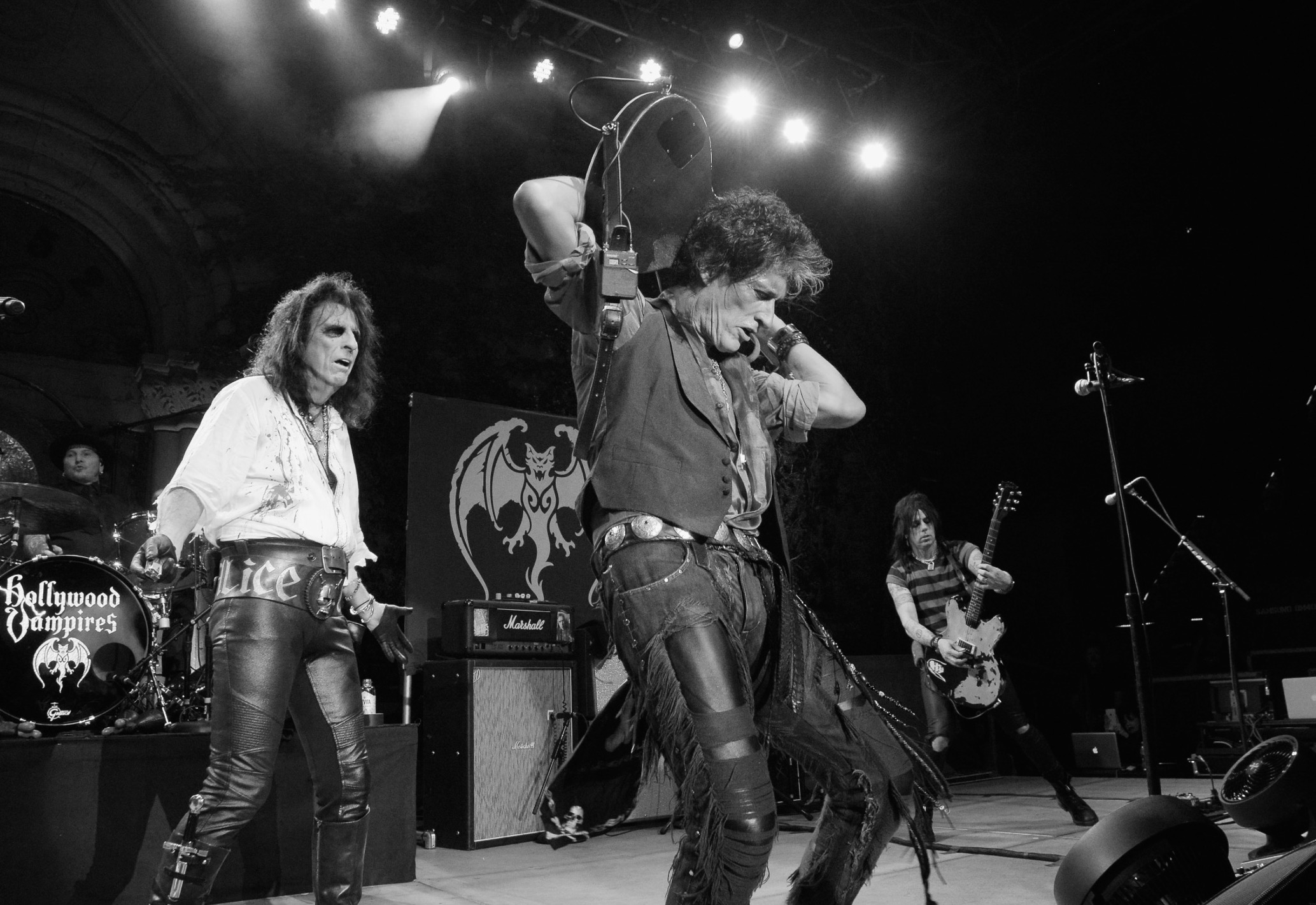 Joe Perry is honored with the Les Paul Award at NAMM - Photo © Suzanne Allison Witkin for EastCoastRocker.com