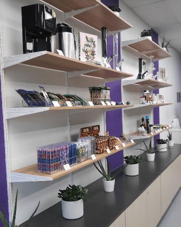 Purple Moose weed shop accessories