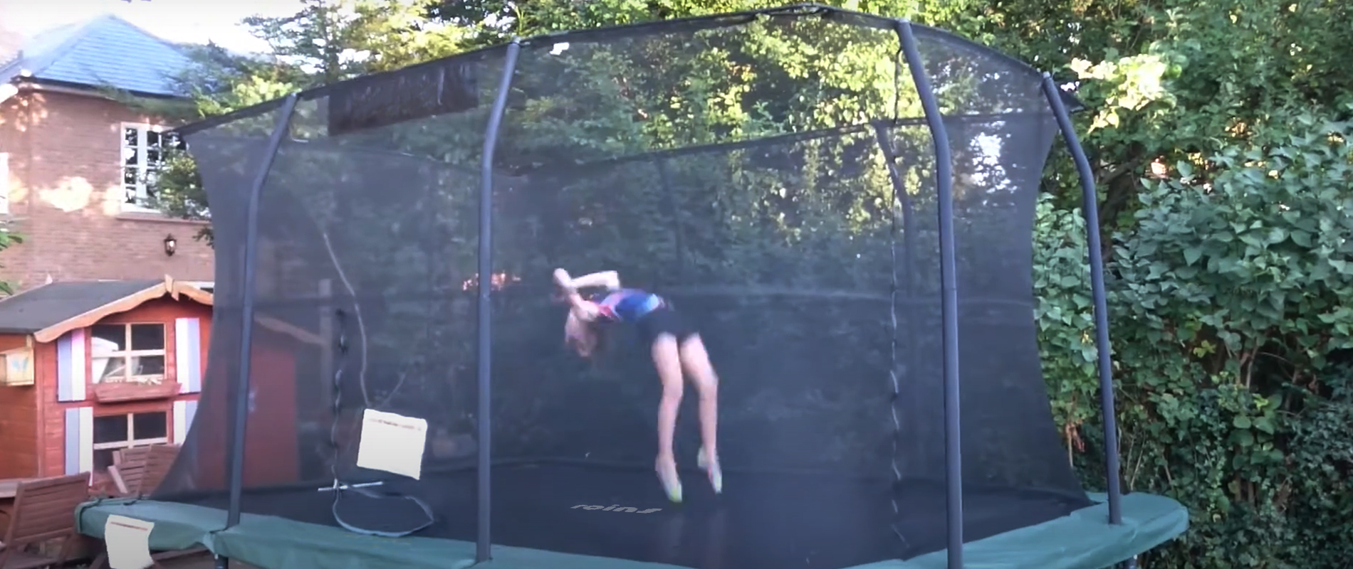 rectangle trampoline with net