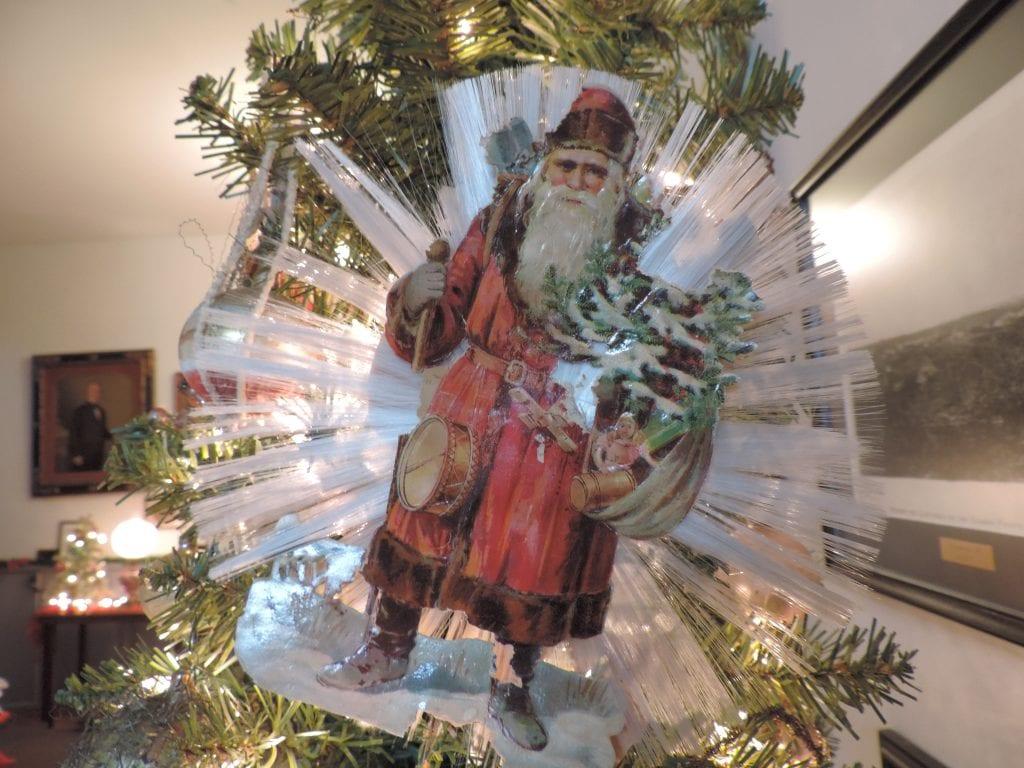 Lecompton, Christmas Trees, Ornaments