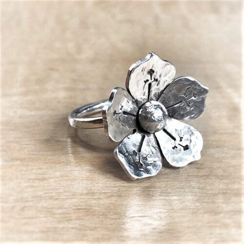 5 petal silver flower ring