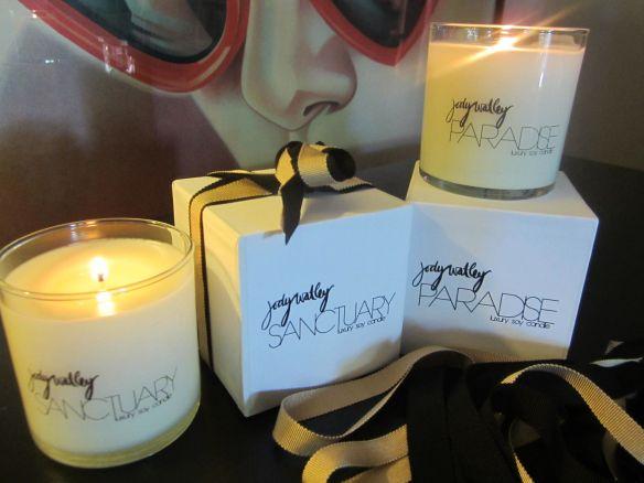 Photo 15 - Jody Watley Paradise Candle Set