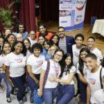 Grupo de estudiantes que reportaron noticias positivas dentro de sus comunidades como Reporteros Positivos de la Alianza para un PR sin Drogas