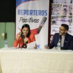 Nuria Sebazco y José Santana moitivaron a los estudiantes de las escuelas Clara Maldonado de Juncos y Ramón Powr & Giralt de Las Piedras. Foto Emilio León Photography