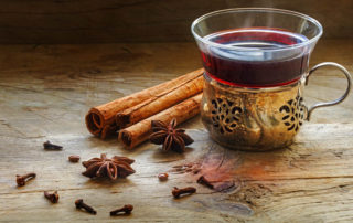 cloves and malt wine tea