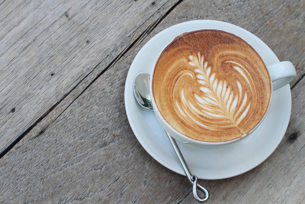 caffeine tea latte