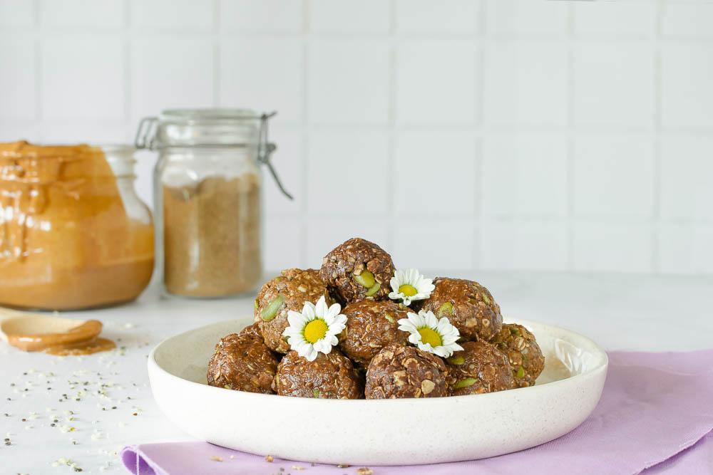 Gut Healthy Snack   No Bake Chai Protein Balls