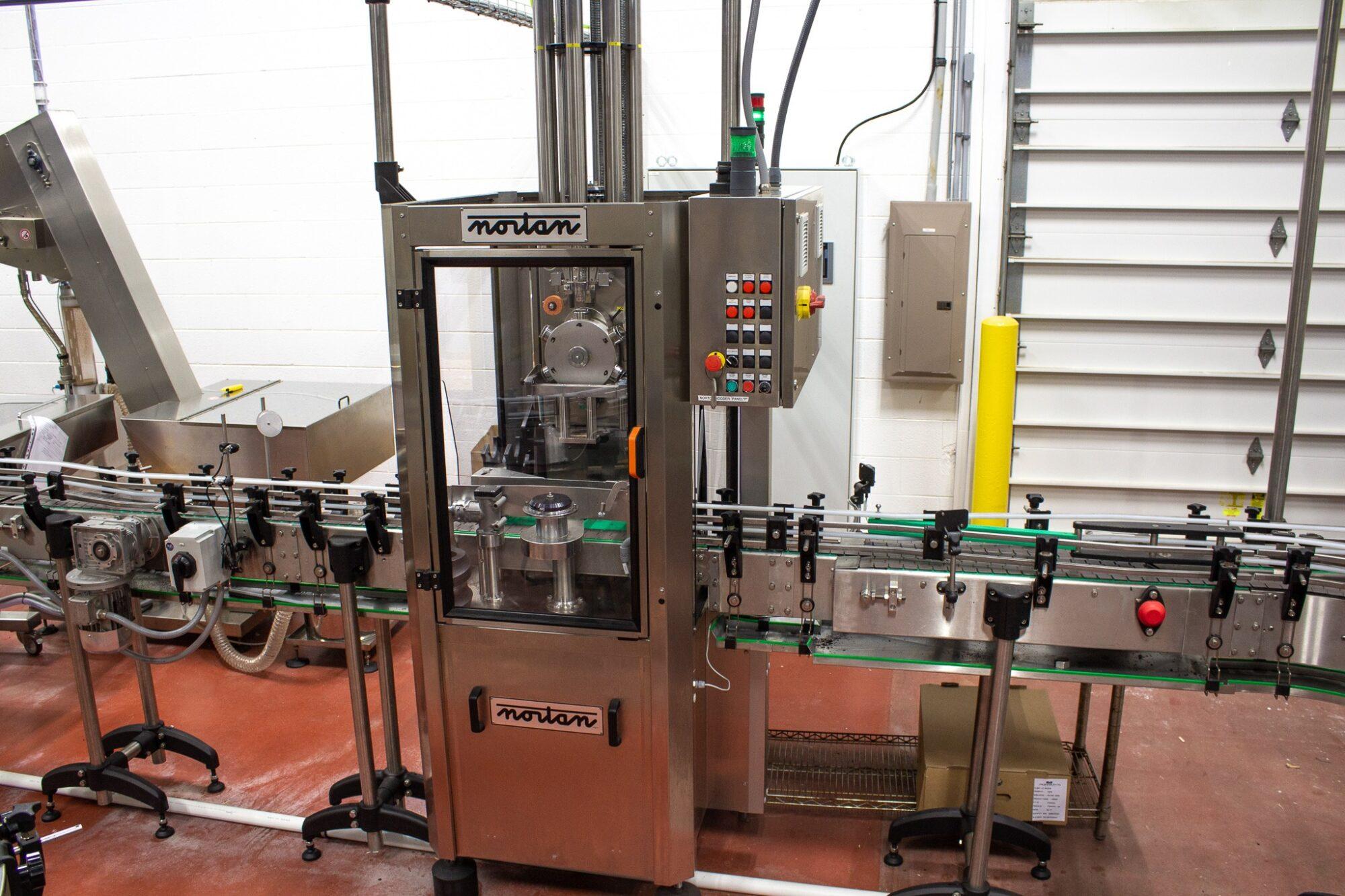 Production Line bottle corking machine