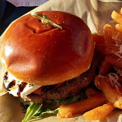 holy-cow-burgers-img
